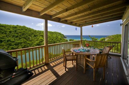 Lille Paradis Deck virgin islands vacation