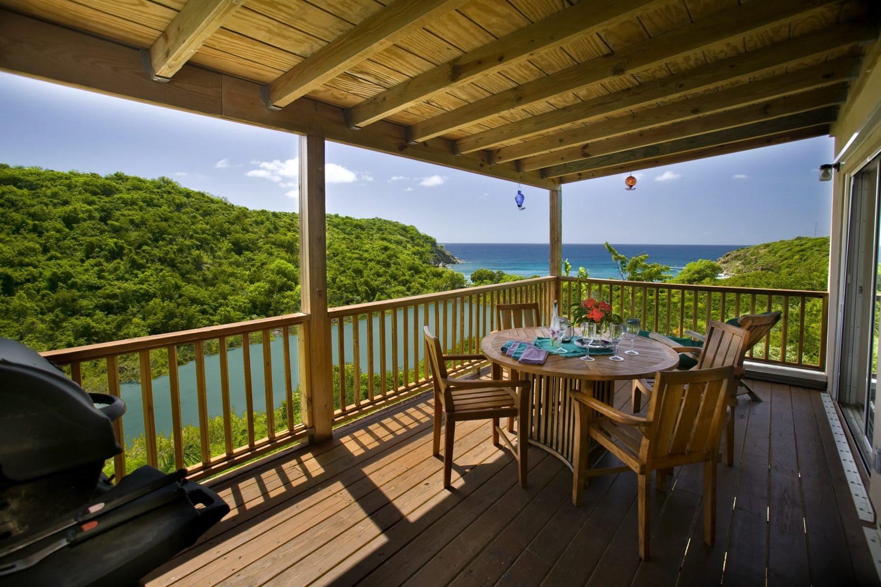 Lille Paradis Deck virgin islands vacation