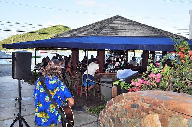 aqua bistro restaurant bar