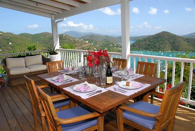 Tequilla Sunrise dining